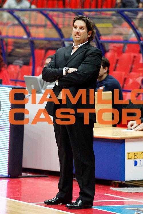 DESCRIZIONE : Livorno Lega A2 2008-09 Basket Livorno Prima Veroli<br /> GIOCATORE : Coach Trinchieri Andrea<br /> SQUADRA : Prima Veroli<br /> EVENTO : Campionato Lega A2 2008-2009<br /> GARA : Basket Livorno Prima Veroli<br /> DATA : 01/11/2008<br /> CATEGORIA : <br /> SPORT : Pallacanestro<br /> AUTORE : Agenzia Ciamillo-Castoria/Stefano D'Errico