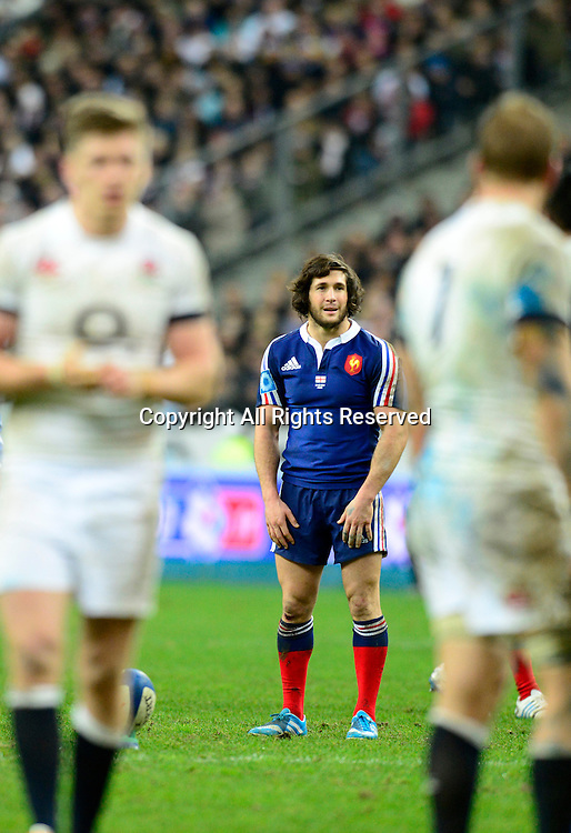 01.02.2014. Stade de France, Paris, France. 6 Nations International Rugby Union. France versus England. Maxime Machenaud ( France ) kicks the penalty