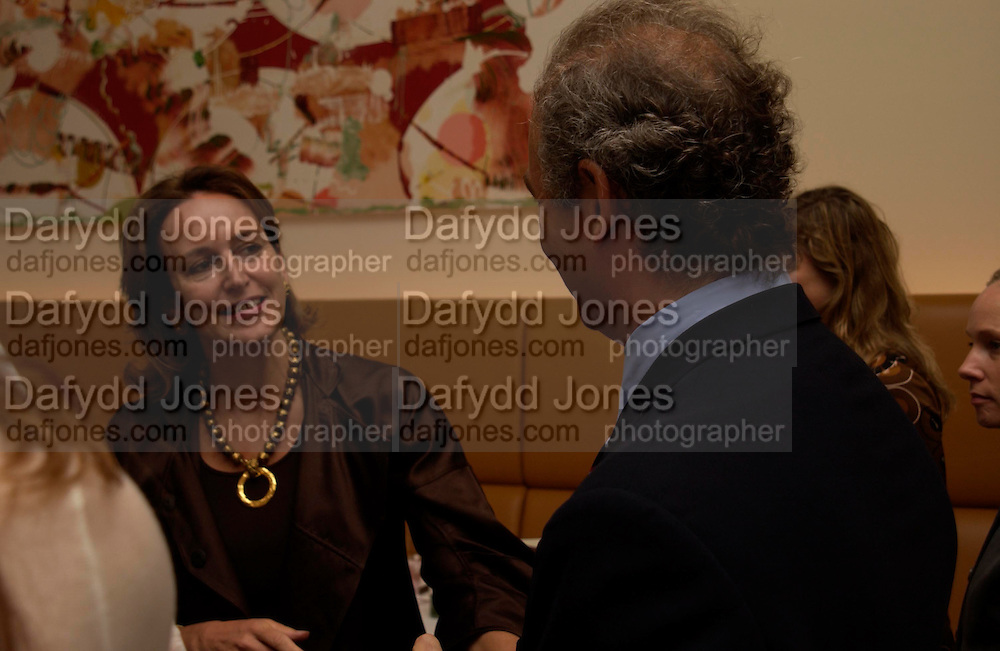 Caroline Michel and Charles Finch. Lunch party for Brooke Shields hosted by charles finch and Patrick Cox. Mortons. Berkeley Sq. 6 July 2005. ONE TIME USE ONLY - DO NOT ARCHIVE  © Copyright Photograph by Dafydd Jones 66 Stockwell Park Rd. London SW9 0DA Tel 020 7733 0108 www.dafjones.com