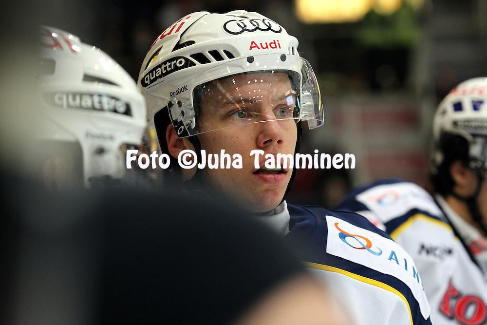 1.11.2011, Hmeenlinna...Jkiekon SM-liiga 2011-12. HPK - Blues..Ville Varakas - Blues