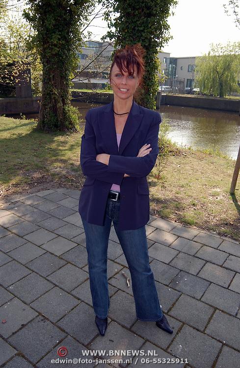 Presentatie genomineerden Musical Awards 2003, Ellen Evers