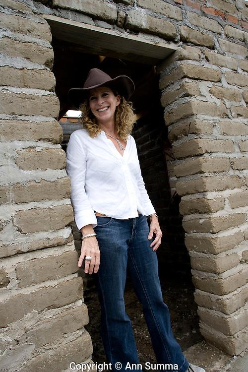 "San Miguel de Allende, Guanajuato, Mexico, 8/29/08: Jean Gerber, Executive Directyor of  ""Casita Linda,"" a Mexican non-profit organization which builds adobe homes for families in extreme poverty (photo: Ann Summa)."
