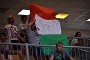 DESCRIZIONE : Capodistria Koper Nazionale Italia Uomini Adecco Cup Italia Italy Ucraina <br /> GIOCATORE : Pubblico<br /> CATEGORIA : Pubblico Italia<br /> SQUADRA : Italia Italy<br /> EVENTO : Adecco Cup<br /> GARA : Italia Italy Ucraina<br /> DATA : 21/08/2015<br /> SPORT : Pallacanestro<br /> AUTORE : Agenzia Ciamillo-Castoria/ M.Ozbot<br /> Galleria : FIP Nazionali 2015<br /> Fotonotizia : Capodistria Koper Nazionale Italia Uomini Adecco Cup Italia Italy Ucraina