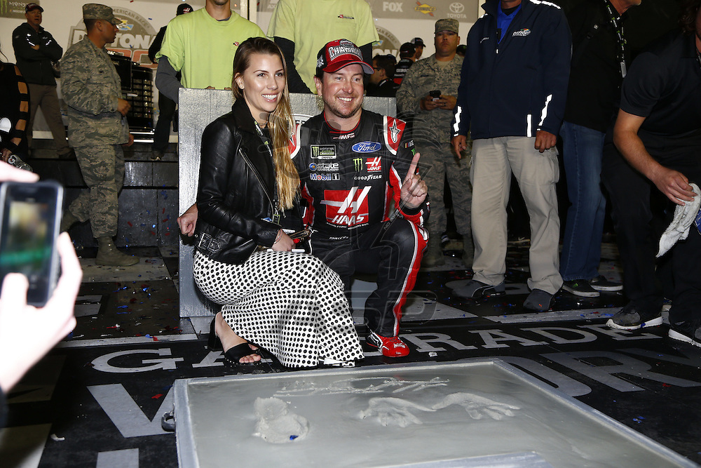 February 26, 2017 - Daytona Beach, Florida, USA: Kurt Busch (41) wins the Daytona 500 at Daytona International Speedway in Daytona Beach, Florida.