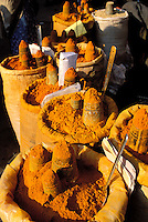 Népal - Vallée de Kathmandu - Kathmandu - Marché aux épices sur Asan Tole - Curcuma