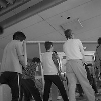 1200 Refugies de la ville de Futaba  situee dans le perimetre interdit et radioactif a moins de vingt kilometres de la centrale nucleaire de Fukushima dai Ichi sont a Kazo dans un internat dans la region de Saitama.beaucoup ont tout perdu apres les expropriations et sont contraints de vivre de l'aide humanitaire.Ici le coin des fumeurs