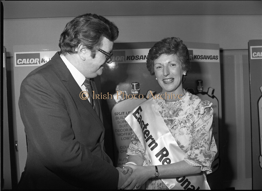 "Calor Kosangas Housewife of the Year - Dublin Regional Final.26/10/1982  26.10.1982..""Calor Kosangas Housewife Of The Year 1982"". Dublin Regional Final..The final was held in the Gresham Hotel,O'Connell St,Dublin. The winner was Mrs.,Deirdre Ryan,Derrypatrick,Drumree,Co Meath."