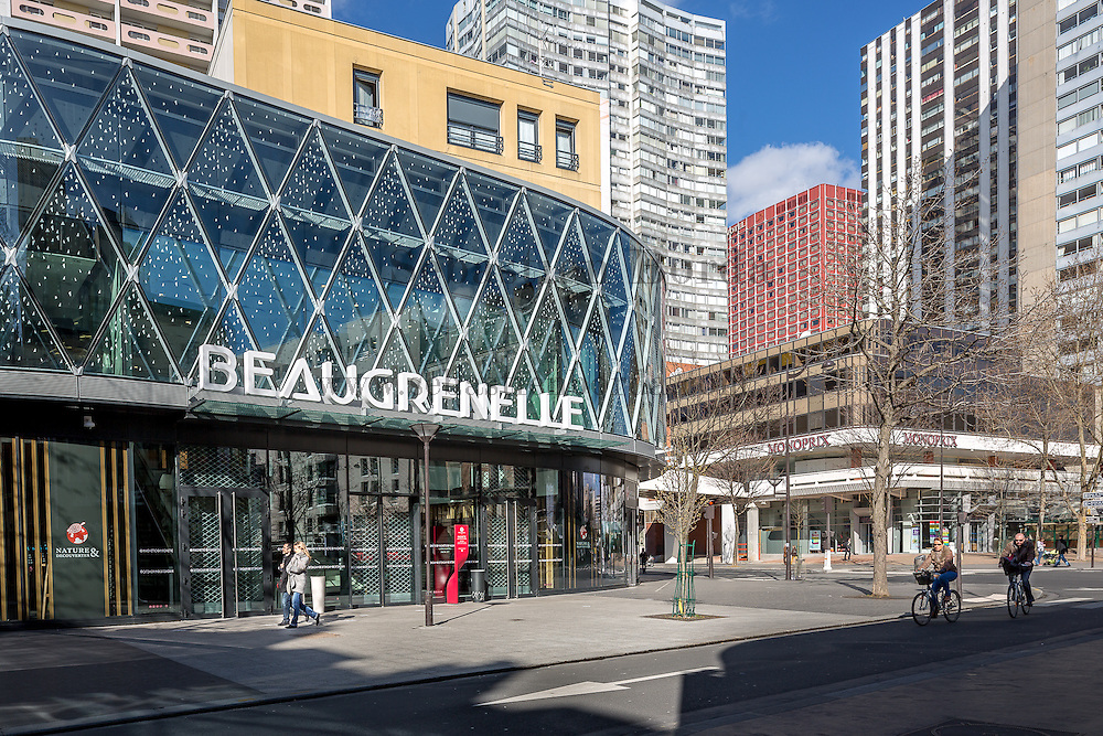 Centre commercial Beaugrenelle //  Beaugrenelle shopping mall