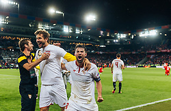 18.05.2016, St. Jakob Park, Basel, SUI, UEFA EL, FC Liverpool vs Sevilla FC, Finale, im Bild Jubel nach dem Schlusspfiff, Llorente (FC Sevilla), Coke (FC Sevilla) // Celebrate after winning Llorente (FC Sevilla) Coke (FC Sevilla) during the Final Match of the UEFA Europaleague between FC Liverpool and Sevilla FC at the St. Jakob Park in Basel, Switzerland on 2016/05/18. EXPA Pictures © 2016, PhotoCredit: EXPA/ JFK