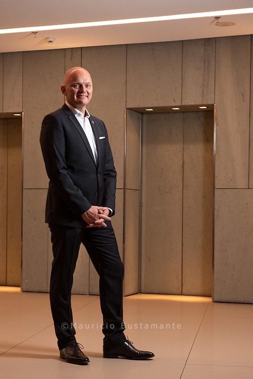 Alex Obertop (46), General Manager. SIDE Design Hotel. 11.06.2019. Fotos Mauricio Bustamante