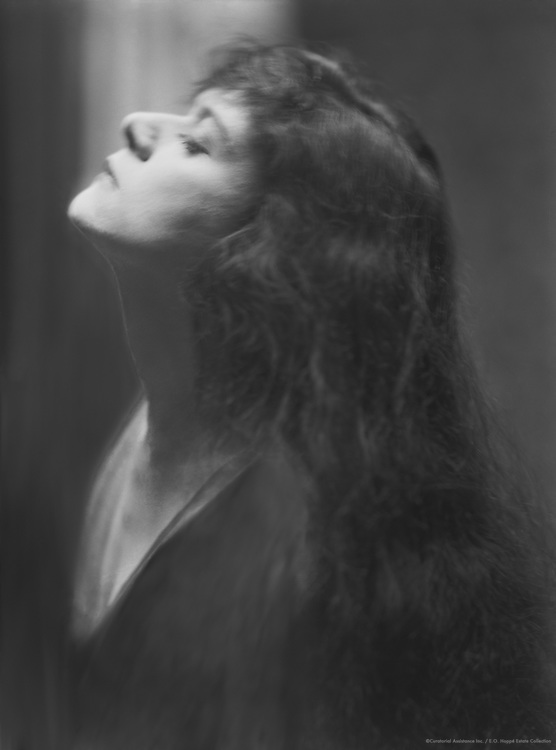"Theda Barra, film and stage  actress, nicknamed ""The Vamp"", 1920"