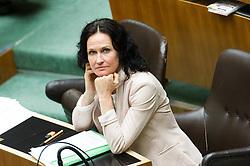 18.05.2017, Wien, AUT, Grüne, Klubobfrau Eva Glawischnig gab bei einer Pressekonfernz am 18.05.2016 um 10:00 Uhr ihren Rücktritt bekannt. im Bild Archivbild Grüne Klubobfrau Eva Glawischnig am 19.05.2016 bei der Nationalratssitzung zur Rede des neuen Bundeskanzlers // FILEPHOTO of Leader of the parliamentary group the greens Eva Glawischnig<br />  during meeting of the National Council of austria with a speech of the new chancellor at austrian parliament in Vienna, Austria on 2016/05/19, Leader of the parliamentary group Eva Glawischnig (greens) resigned on 2017/05/18 from all political duties. EXPA Pictures © 2017, PhotoCredit: EXPA/ Michael Gruber