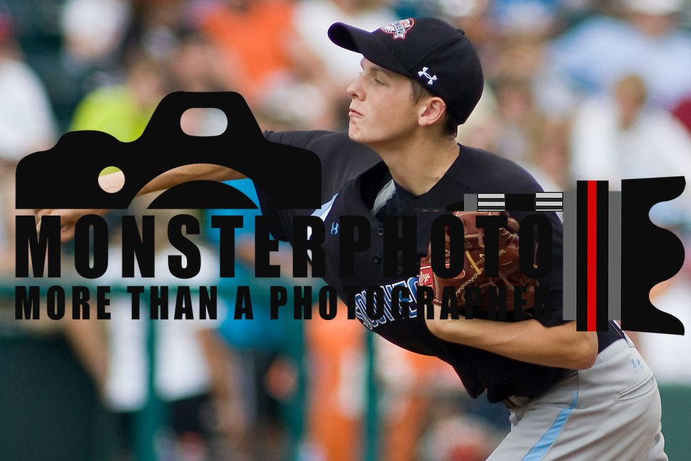 8/22/10 Aberdeen, MD: Ocala Florida Pitcher Kirby McMullen (18) pitching against Mexico at The Cal Ripken World Series in Aberdeen MD. Credit: Saquan Stimpson/ Southcreek Global