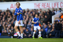Tom Davies of Everton looks back to the Tottenham Hotspur goal - Mandatory by-line: Jason Brown/JMP - 05/03/2017 - FOOTBALL - White Hart Lane - London, England - Tottenham Hotspur v Everton - Premier League