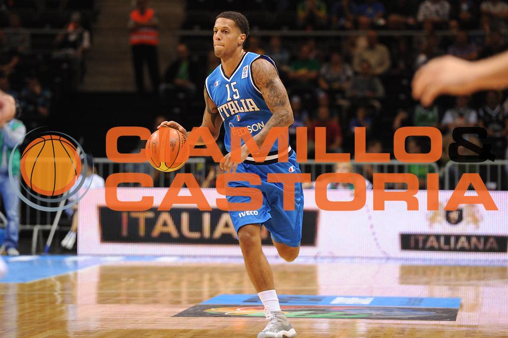 DESCRIZIONE : Siauliai Lithuania Lituania Eurobasket Men 2011 Preliminary Round Serbia Italia Serbia Italy<br /> GIOCATORE : Daniel Hackett<br /> SQUADRA : Italia Italy<br /> EVENTO : Eurobasket Men 2011<br /> GARA : Serbia Italia Serbia Italy<br /> DATA : 31/08/2011 <br /> CATEGORIA : palleggio<br /> SPORT : Pallacanestro <br /> AUTORE : Agenzia Ciamillo-Castoria/GiulioCiamillo<br /> Galleria : Eurobasket Men 2011 <br /> Fotonotizia : Siauliai Lithuania Lituania Eurobasket Men 2011 Preliminary Round Serbia Italia Serbia Italy<br /> Predefinita :