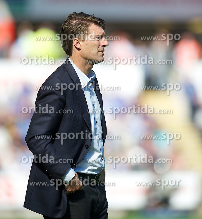 22.09.2012, Liberty Stadion, Swansea, ENG, Premier League, Swansea City vs FC Everton, 5. Runde, im Bild Swansea City's manager Brian Laudrup during the English Premier League 5th round match between Swansea City AFC and Everton FC at the Liberty Stadium, Swansea, Great Britain on 2012/09/22. EXPA Pictures © 2012, PhotoCredit: EXPA/ Propagandaphoto/ David Rawcliff..***** ATTENTION - OUT OF ENG, GBR, UK *****