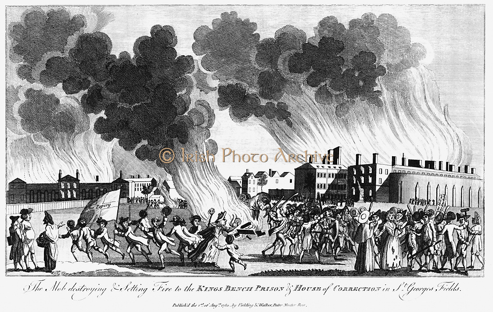 Anti-Catholic Gordon Riots, London. Mob setting fire to Kings Bench Prison 7 June 1780. Copperplate engraving published 1 August 1780.