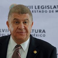 TOLUCA, México.- José Manzur Quiroga, presidente de la Junta de Coordinación Política de la Legislatura local, en conferencia de prensa afirmo que en los mese que quedan a los actuales diputados mexiquenses se redoblará el ritmo de trabajo para no dejar asuntos pendientes a la próxima Legislatura. Agencia MVT / Crisanta Espinosa. (DIGITAL)