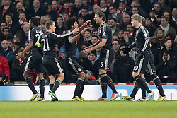19.02.2013, Emirates Stadion, London, ENG, UEFA Champions League, FC Arsenal vs FC Bayern Muenchen, Achtelfinale Hinspiel, im Bild Bayern Muenchen jubelt, freut sich, Jubel, Freude ueber die 0-2 Fuehrung - David ALABA (FC Bayern Muenchen - 27), Philipp LAHM (FC Bayern Muenchen - 21), DANTE (FC Bayern Muenchen - 4), Daniel VAN BUYTEN (FC Bayern Muenchen - 5), Toni KROOS (FC Bayern Muenchen - 39), 19.02.2013 Fussball Champions League Achtelfinale Hinspiel, FC Arsenal London (Gro?ɬübritannien - GB) - FC Bayern Muenchen (Deutschland - GER), Fussball Maenner, Saison 2012/13 // during the UEFA Champions League last sixteen first leg match between Arsenal FC and FC Bayern Munich at the Emirates Stadium, London, Great Britain on 2013/02/19. EXPA Pictures © 2013, PhotoCredit: EXPA/ Eibner/ Ben Majerus..***** ATTENTION - OUT OF GER *****