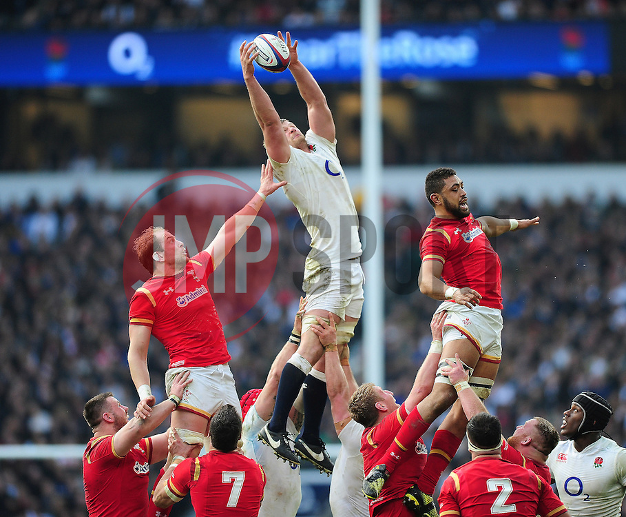 George Kruis of England wins the ball at a lineout - Mandatory byline: Patrick Khachfe/JMP - 07966 386802 - 12/03/2016 - RUGBY UNION - Twickenham Stadium - London, England - England v Wales - RBS Six Nations.
