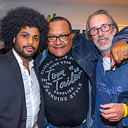 NLD/Amsterdam/20190912 - Expositie opening hoezencollectie Govert de Roos,, Henk Braaf met zijn zoon Dywel Braaf en Peter de Wijn