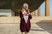ABU DHABI, EMIRATS ARABES UNIS - 20 JANVIER 2016: La doctorante Radia Lahlou étudie au Masdar Institute. Elle est originaire du Maroc.