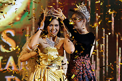 June 10, 2017 - Yangon, Myanmar - EI KYAWT KHAING is crowned after winning the Miss Myanmar World 2017 pageant in Yangon, Myanmar. (Credit Image: © U Aung/Xinhua via ZUMA Wire)