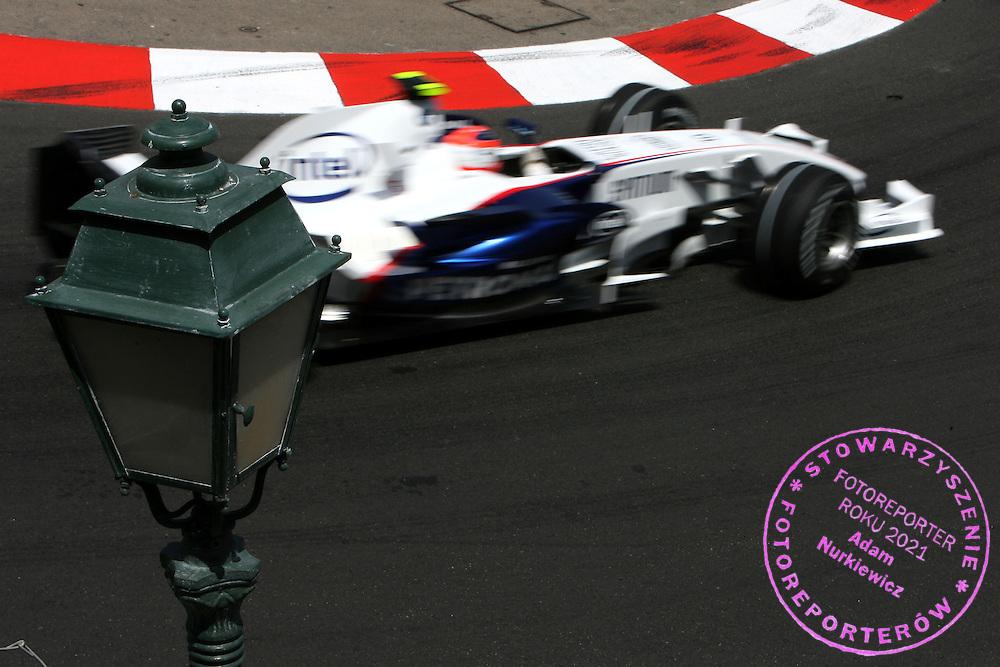 24.05.2007 Monte Carlo, Monaco, .Robert Kubica (POL), BMW Sauber F1 Team, F1.07 - Formula 1 World Championship, Rd 5, Monaco Grand Prix, Thursday Practice.FOT. XPB.CC / WROFOTO.*** POLAND ONLY !!! ***.*** NO INTERNET / MOBILE USAGE !!! ***