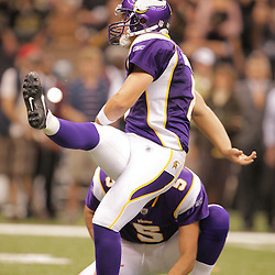 2008 October, 06: Minnesota Vikings PK Ryan Longwell (8) kicks a 30-yard game winning field goal with 13 seconds remaining in the game to defeat the New Orleans Saints 30-27 on Monday Night Football at the Louisiana Superdome in New Orleans, LA.