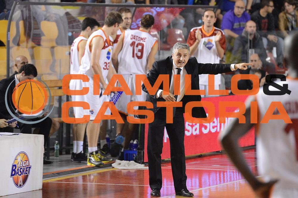 DESCRIZIONE : Roma Lega A 2012-13 Acea Roma Juve Caserta<br /> GIOCATORE : Calvani Marco<br /> CATEGORIA : curiosita mani<br /> SQUADRA : Acea Roma<br /> EVENTO : Campionato Lega A 2012-2013 <br /> GARA : Acea Roma Juve Caserta<br /> DATA : 28/10/2012<br /> SPORT : Pallacanestro <br /> AUTORE : Agenzia Ciamillo-Castoria/GiulioCiamillo<br /> Galleria : Lega Basket A 2012-2013  <br /> Fotonotizia : Roma Lega A 2012-13 Acea Roma Juve Caserta<br /> Predefinita :