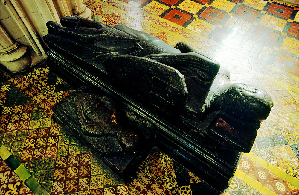 Alleged 15C effigy of Strongbow, the Norman overlord Richard de Clare who died 1176. Christ Church Cathedral, Dublin, Ireland.