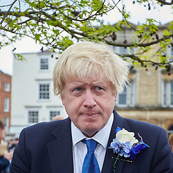 © Licensed to London News Pictures.  02/05/2015. ABINGDON, UK. Boris Johnson talks to voters while campaigning in Abingdon with Nicola Blackwood (not seen) who is standing for re-election as MP for the Oxford West and Abingdon constituency. Photo credit: Cliff Hide/LNP