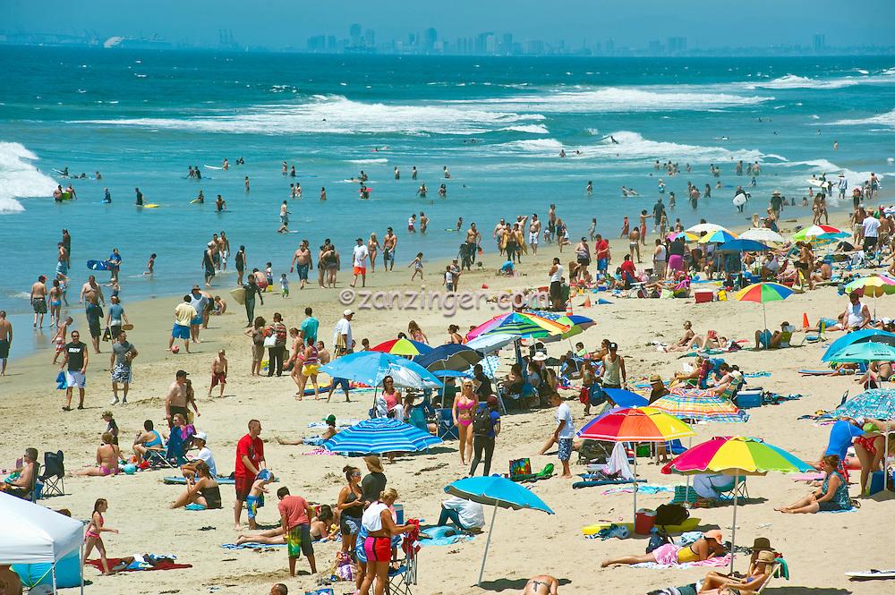 Huntington Beach Ca Ocean Waves Long Beach Skyline David
