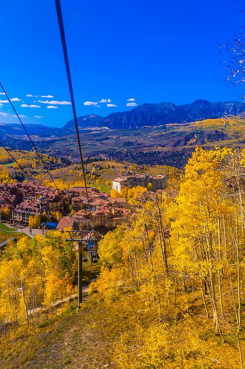 Gondola from the town of Telluride to Telluride Mountain Village, Telluride, Colorado USA.