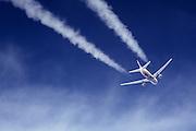 Boeing 767 Britannic contrail