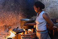 Äthiopier im Dorf Digero in der Arsi Region im Süden von Äthiopien