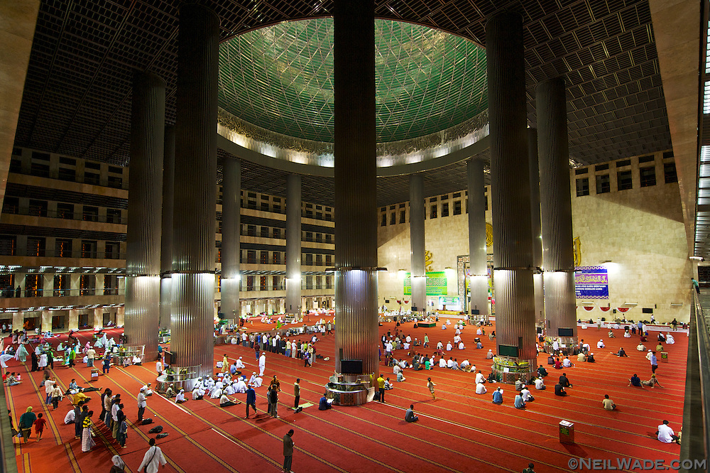 People gather to pray and socialize at Asia's biggest Islamic temple, Masjid Istiqlal.