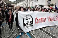 AMANTEA. LO STRISCIONE DEL COMITATO CIVICO NATALE DE GRAZIA IN LOTTA CONTRO L'AFFONDAMENTO DELLE NAVI DEI VELENI