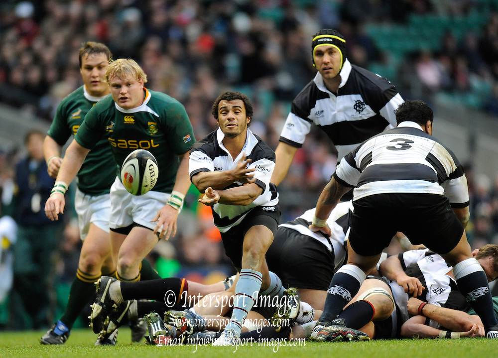 "Twickenham; GREAT BRITAIN; Will GENIA passing the ball during the MasterCard Trophy; Barbarians [Baa Baa's] vs South Africa;  at Twickenham Stadium; Surrey on Saturday  - 04/12/2010   [Mandatory Credit; ""Photo, Peter Spurrier/Intersport-images']"