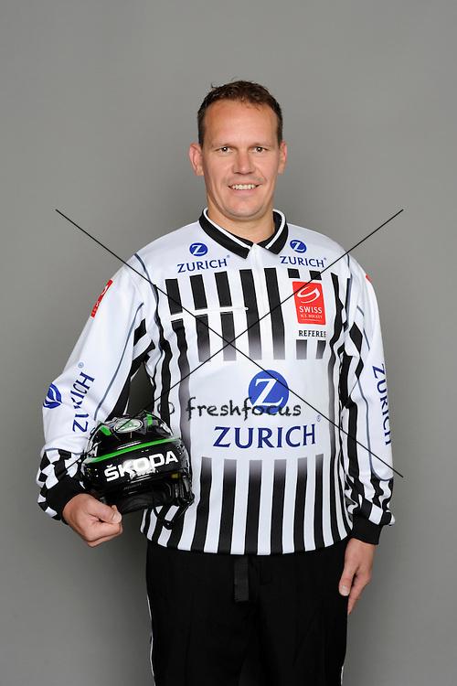 11.08.2013; Zuchwil; Eishockey - Fotoshooting Schiedsrichter;<br /> Matthias Kehrli<br /> (Urs Lindt/freshfocus)
