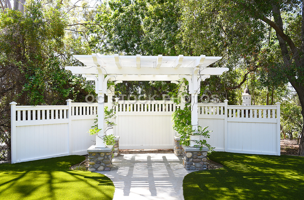 Garden Arbor at Heritage Hill Historical Park
