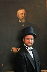 Andrew Carnegie's great-great-great grandson Joe Whiteman with the painting<br /> <br /> (c) David Wardle | Edinburgh Elite media
