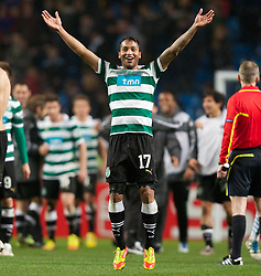 MANCHESTER, ENGLAND - Thursday, March 15, 2012: Sporting Clube de Portugal's Jeffren Suarez celebrates his side's 3-2 defeat to Manchester City, meaning that they are through to the next round, after the UEFA Europa League Round of 16 2nd Leg match at City of Manchester Stadium. (Pic by Vegard Grott/Propaganda)
