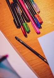 THEMENBILD - bunte stifte und papier liegen auf einem Tisch zum lettern bereit, aufgenommen am 25. Januar 2020 in Kaprun, Oesterreich // coloured pencils and paper lie ready for use on a table in Kaprun, Austria on 2020/01/25. EXPA Pictures © 2020, PhotoCredit: EXPA/ JFK