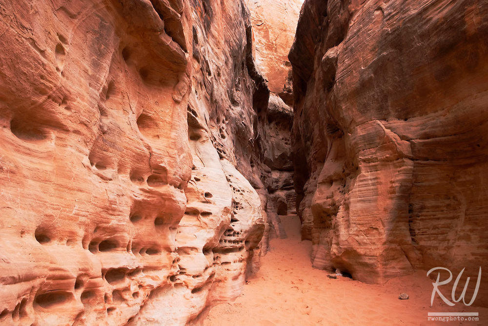 White Domes Trail Slot Canyon, Valley of Fire State Park, Nevada