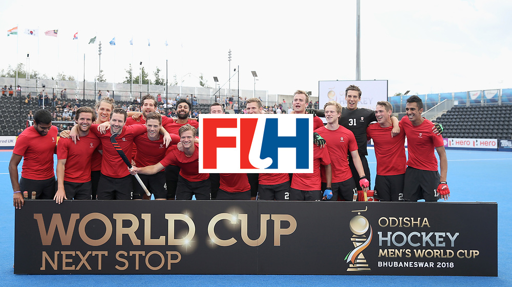 LONDON, ENGLAND - JUNE 25:  Canada players celebrate World Cup qualification after the 5th/6th place match between India and Canada on day nine of the Hero Hockey World League Semi-Final at Lee Valley Hockey and Tennis Centre on June 25, 2017 in London, England.  (Photo by Alex Morton/Getty Images)