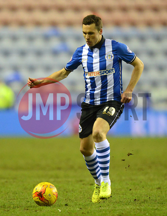 Wigan Athletic's Don Cowie in action - Photo mandatory by-line: Richard Martin-Roberts/JMP - Mobile: 07966 386802 - 24/02/2015 - SPORT - Football - Wigan - DW Stadium - Wigan Athletic v Cardiff City - Sky Bet Championship