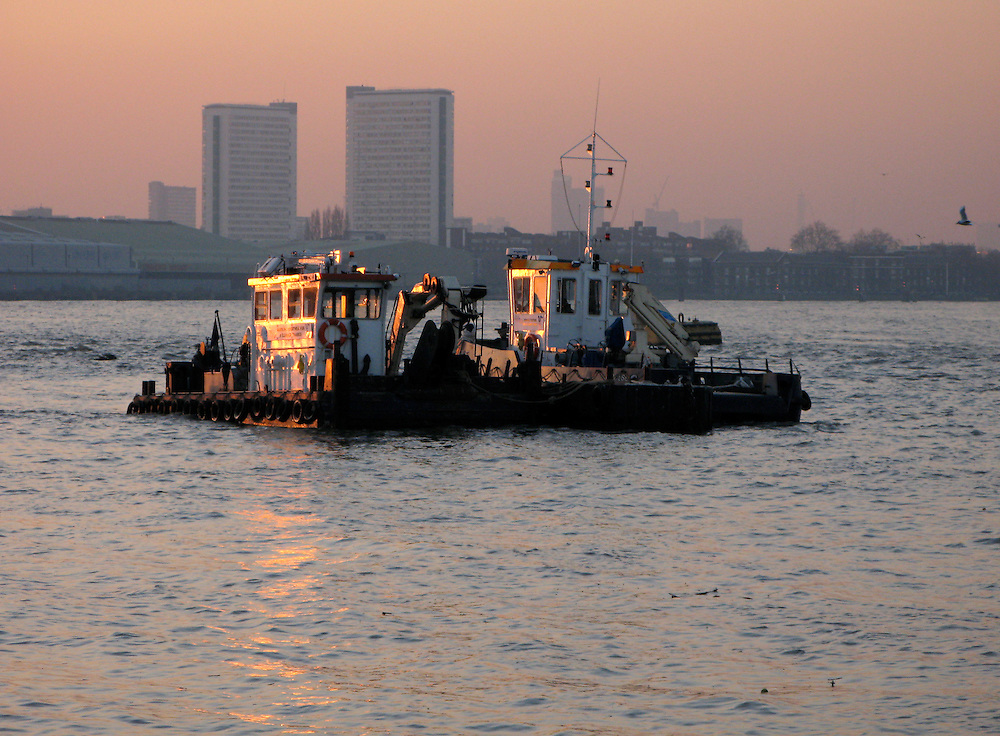Thames tugs at Greenwich