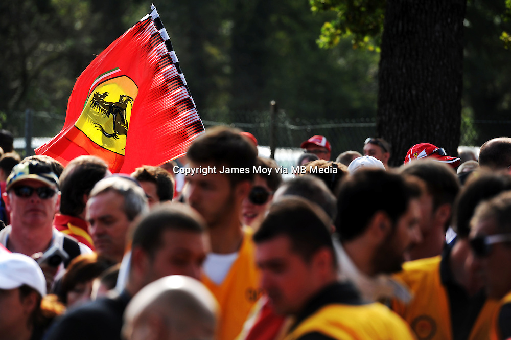 Fans.<br /> Italian Grand Prix, Sunday 7th September 2014. Monza Italy.