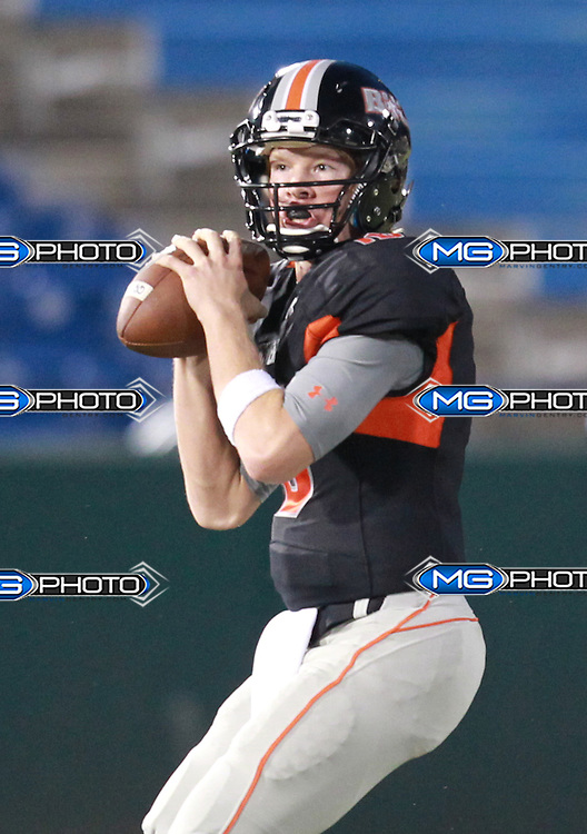 Hoover's Connor Short quarterback (16)